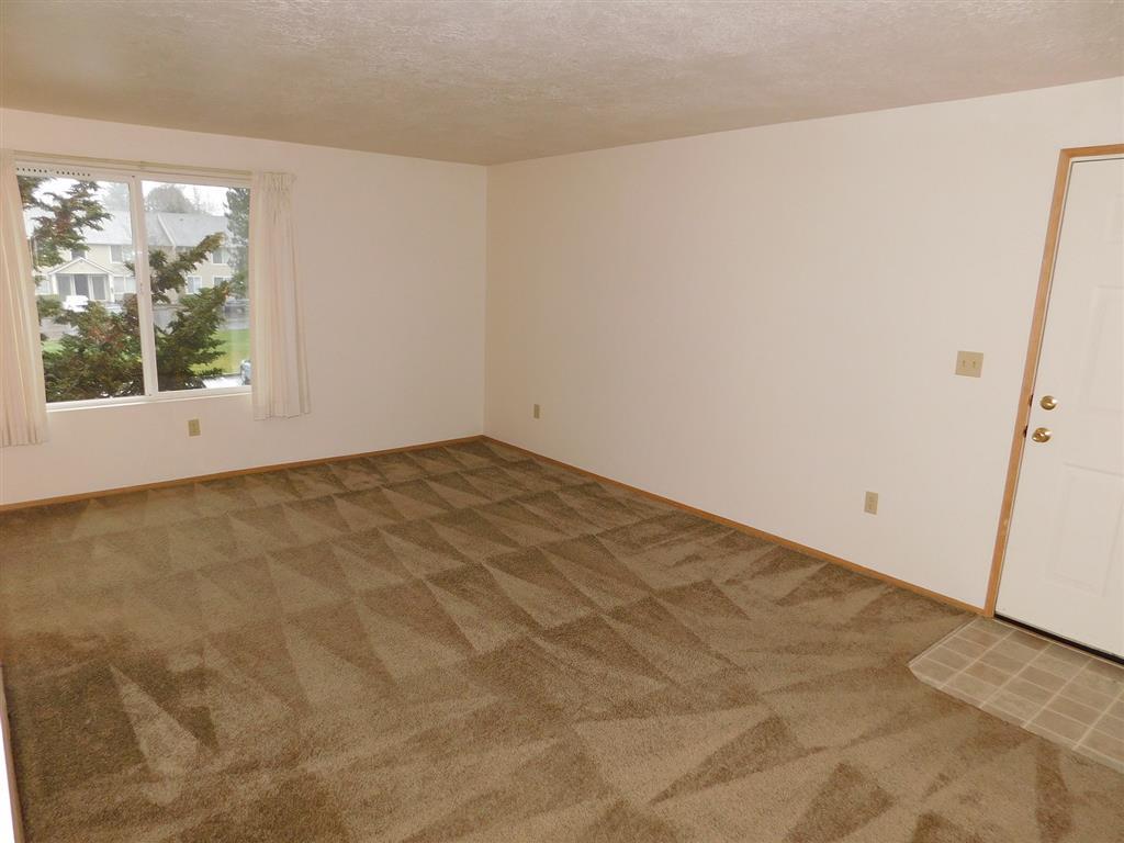 Heavy foam carpet pad in upstairs units.