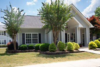 501 Leisure Lake Dr 1-2 Beds Apartment for Rent Photo Gallery 1