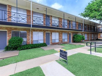 3318 S Western Street 1-3 Beds Apartment for Rent Photo Gallery 1
