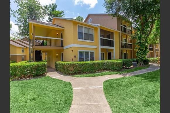 lake%20forest%20apartments%20daytona%20exterior - Magnolia Gardens Apartments Daytona Beach Fl