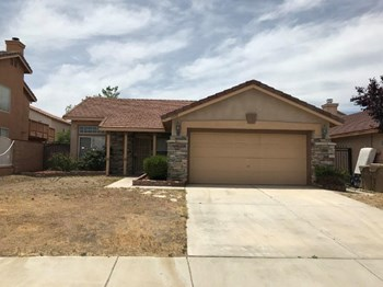 13593 W. Nolina Drive Studio House for Rent Photo Gallery 1