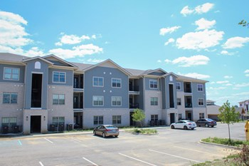 3001 Peach Blossom Drive 1-3 Beds Apartment for Rent Photo Gallery 1