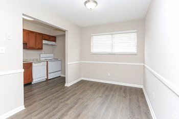 3706 & 3713 Klondike Ln Studio Apartment for Rent Photo Gallery 1