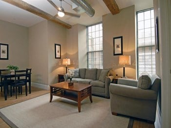 64 Beacon St 1 Bed Apartment for Rent Photo Gallery 1