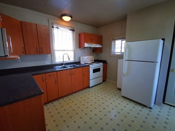 5264 Earles Street 4 Beds House for Rent Photo Gallery 1
