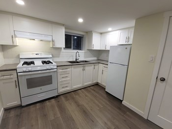 BSMT 2515 West 15Th Avenue 2 Beds House for Rent Photo Gallery 1