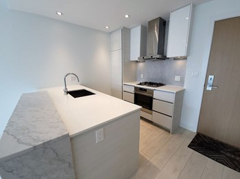 1505 - 4670 Assembly Way 1 Bed Condo for Rent Photo Gallery 1