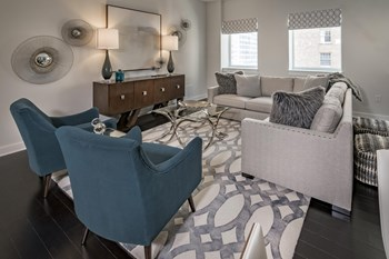 1111 Rusk St 1-2 Beds Apartment for Rent Photo Gallery 1