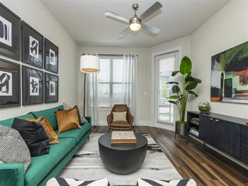 7354 Harris Parkway 1-2 Beds Apartment for Rent Photo Gallery 1