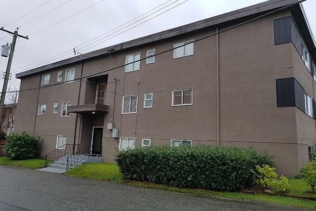 Linwood Court in Burnaby, BC exterior of building