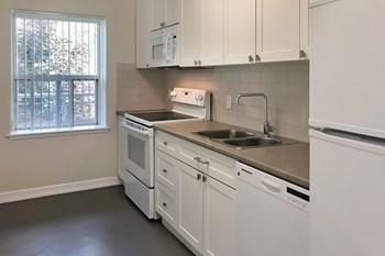 187 Queen Street Studio-2 Beds Apartment for Rent Photo Gallery 1