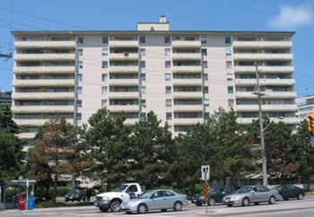 6010 Bathurst Street 1 Bed Apartment for Rent Photo Gallery 1