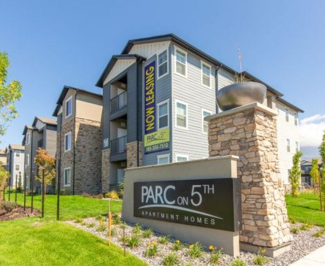 Welcoming Property Signage at Parc on 5th Apartments & Townhomes, Utah