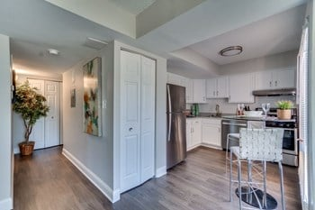 8340 Indian Head Highway 1 Bed Apartment for Rent Photo Gallery 1