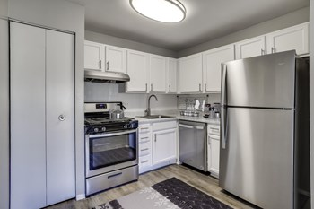 2723 Lorring Dr #102 1 Bed Apartment for Rent Photo Gallery 1
