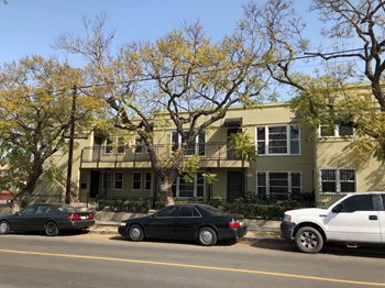 455 W. 20Th Street 1-2 Beds Apartment for Rent Photo Gallery 1