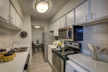 16222 Stuebner Airline Road 1 Bed Apartment for Rent Photo Gallery 1