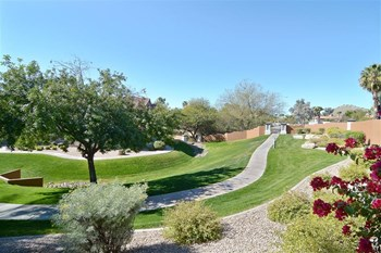5151 E Guadalupe Rd 1-3 Beds Apartment for Rent Photo Gallery 1
