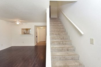 843 Issaqueena Trail #101 2 Beds Townhouse for Rent Photo Gallery 1