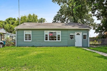 4416 Stephen Girard 3 Beds House for Rent Photo Gallery 1