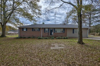 140 SNUFFY RD 3 Beds House for Rent Photo Gallery 1