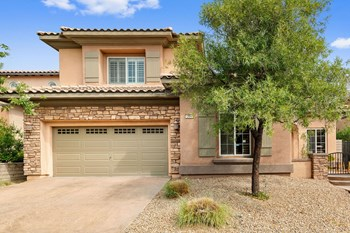 12048 La Palmera Ave 4 Beds House for Rent Photo Gallery 1