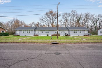 237 Choate 2 Beds House for Rent Photo Gallery 1