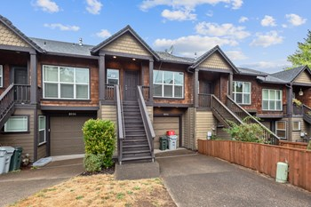 8994 Se Chloe Ln 3 Beds Townhouse for Rent Photo Gallery 1