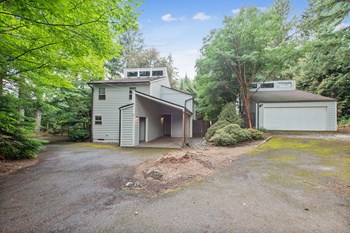 21565 Se Fir Wood 3 Beds House for Rent Photo Gallery 1