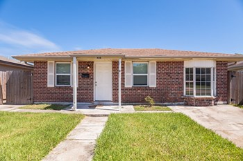 644 SPARTAN LN 3 Beds House for Rent Photo Gallery 1