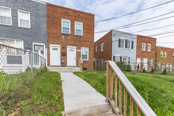 5041 BENNING ROAD SE 3 Beds House for Rent Photo Gallery 1