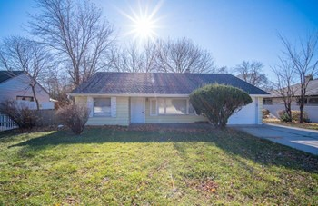 4347 W Good Hope Rd 2 Beds House for Rent Photo Gallery 1