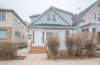 1001 S 72Nd St 2 Beds Duplex/Triplex for Rent Photo Gallery 1