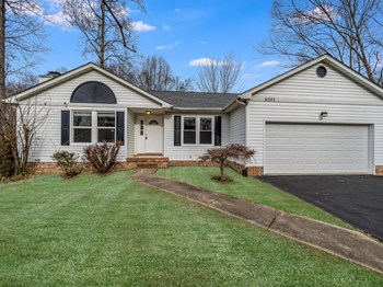 6501 Royal Oaks Dr 3 Beds House for Rent Photo Gallery 1