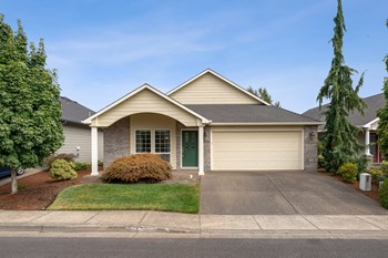 2152 Se Rhododendron Av 2 Beds House for Rent Photo Gallery 1