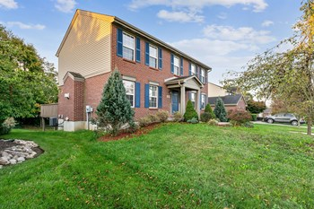 1609 Woodfield Ct 4 Beds House for Rent Photo Gallery 1