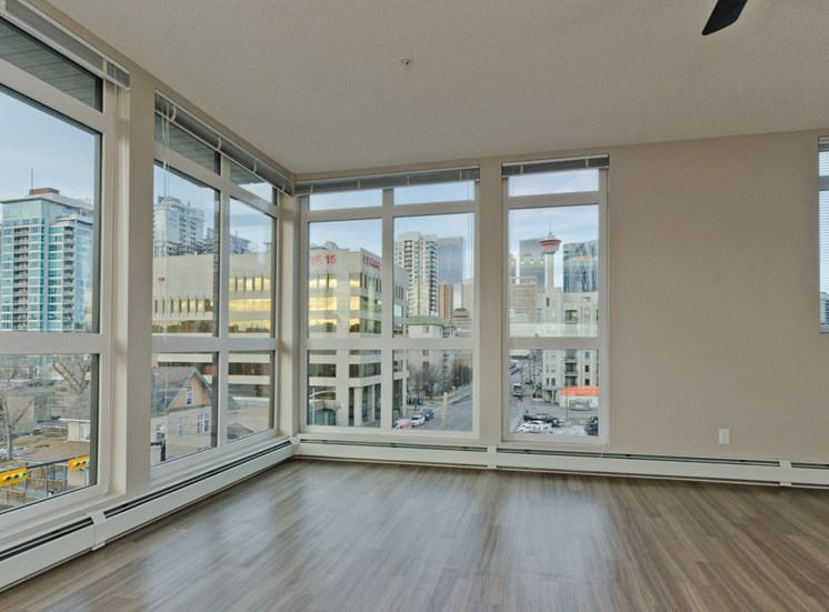 Mission 17 residential rental apartments right open living room