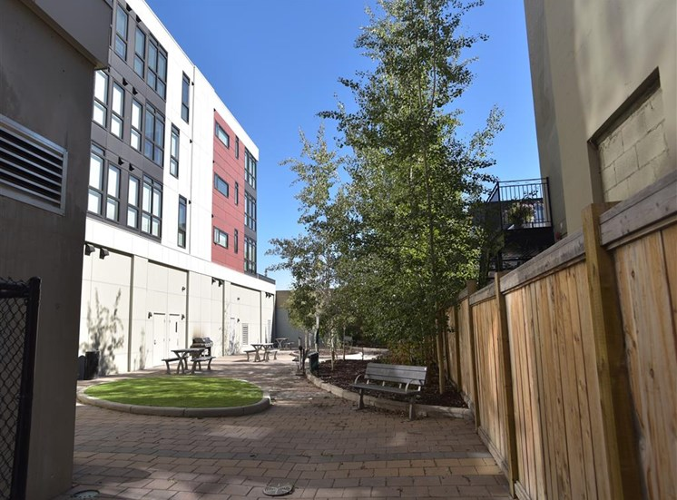 Mission 17 residential rental apartments  ground level patio