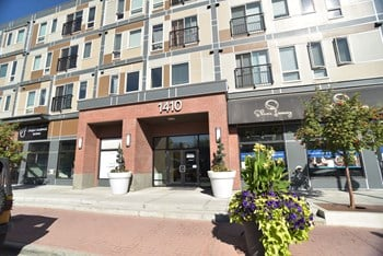 1410 9 Avenue SE 1-2 Beds Apartment for Rent Photo Gallery 1