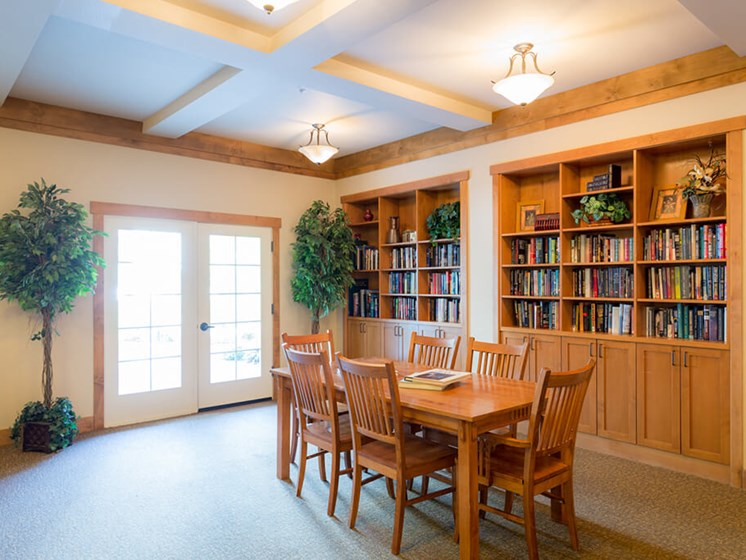 Reading Room With Ample Of Sitting Area at Cogir of Vancouver, Vancouver, WA, 98682