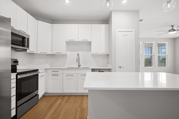 2700 Summershine St. 1-3 Beds Apartment for Rent Photo Gallery 1