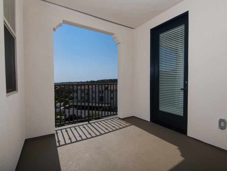 Spacious Private Apartment Patio At The Club At Enclave Apartments In Chula Vista, CA