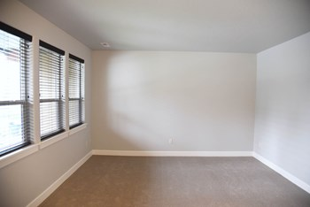 13101 Shetland Ln 2-4 Beds Apartment for Rent Photo Gallery 1