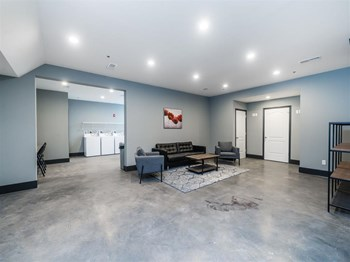 701 N. 1St St., Suite 102 1-2 Beds Apartment for Rent Photo Gallery 1