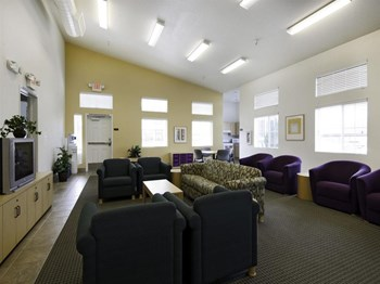 400 N. Foothill Drive 2 Beds Apartment for Rent Photo Gallery 1