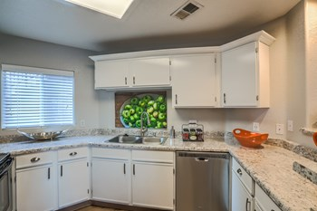 8300 Wyoming Boulevard NE 1-3 Beds Apartment for Rent Photo Gallery 1