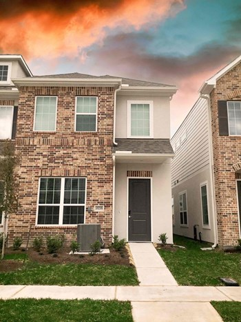 15735 Loch Laggan Drive 4 Beds House for Rent Photo Gallery 1