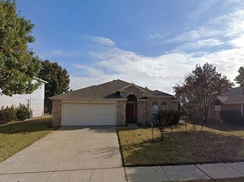 3213 Saint Claire Dr 4 Beds House for Rent Photo Gallery 1