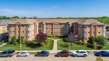 5819-25 Lindenwood Avenue Studio-2 Beds Apartment for Rent Photo Gallery 1