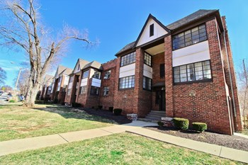 4415 Roanoke Parkway 1-3 Beds Apartment for Rent Photo Gallery 1